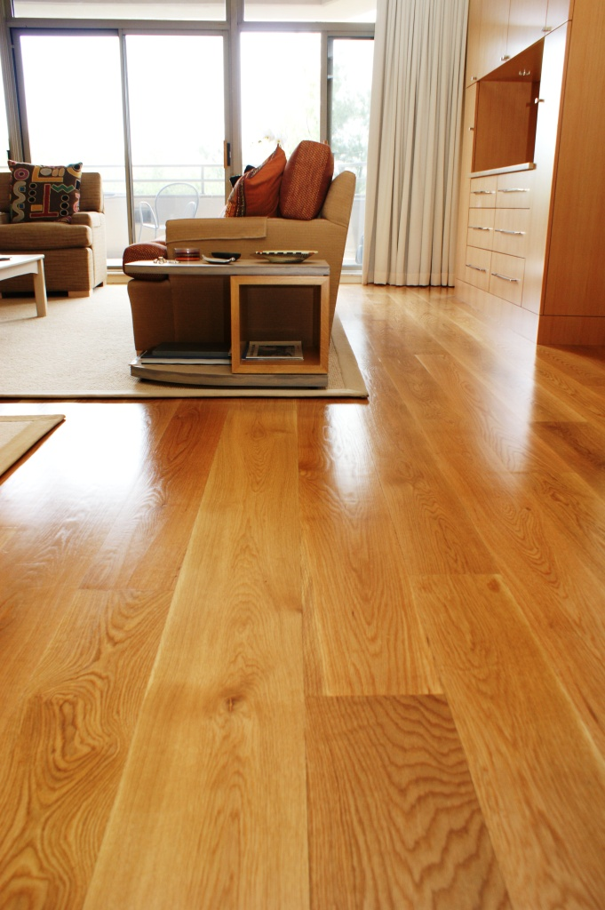 How to Choose a Wide Plank Wood Floor