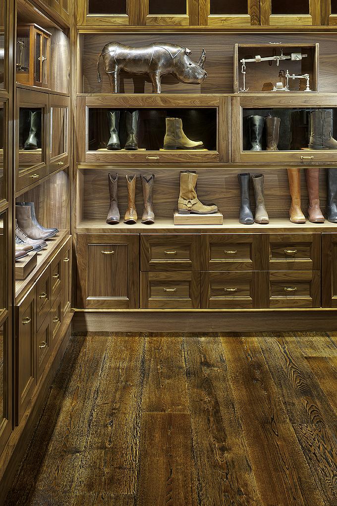 Natural character grade White Oak flooring - Frye Boot Store, Manhattan, NYC.